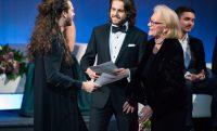 (Polski) Nagroda Stowarzyszenia dla Piotra Buszewskiego i Cody'ego Quattlebauma